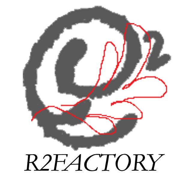 「R2FACTORY」のロゴ