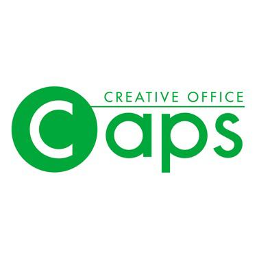 キャップス ロゴ