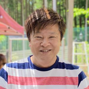 浅野由裕氏