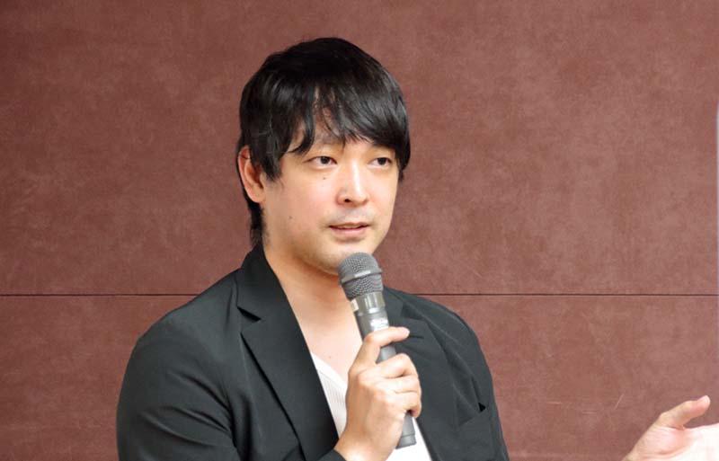 大江健太郎氏