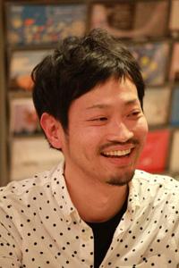 小野哲郎氏